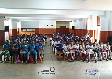 Elèves des clubs Francophonie de Yaoundé