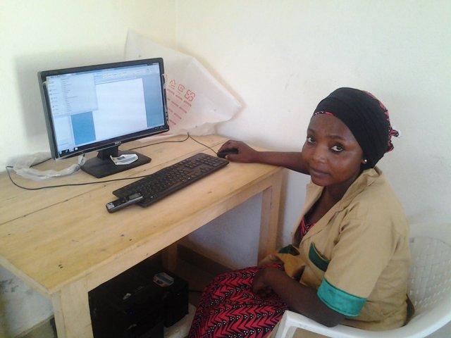 Djamila, apprenante au CMPJ Régional de Maroua