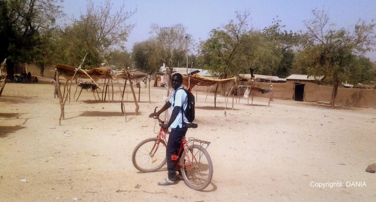Mahama à vélo